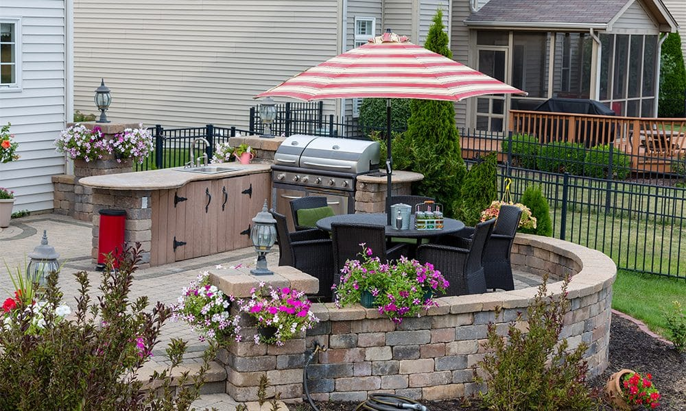 outdoor kitchen design trends