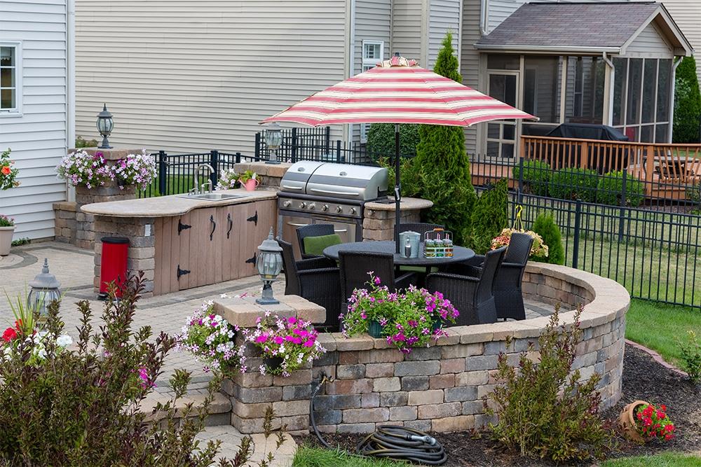 outdoor kitchen design trends