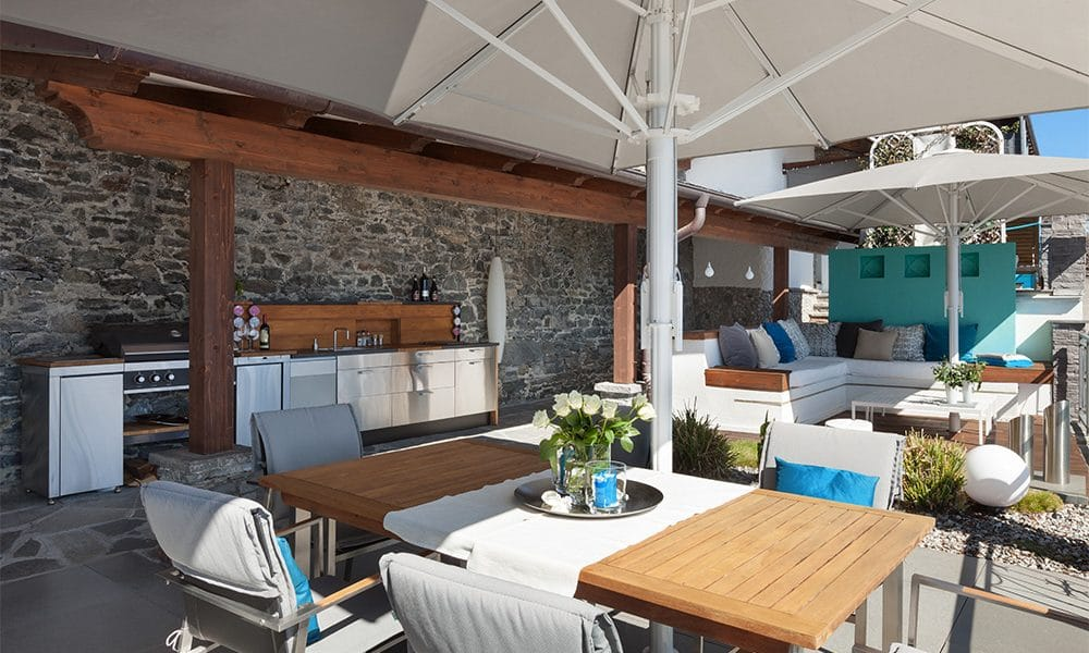 where to build your outdoor kitchen