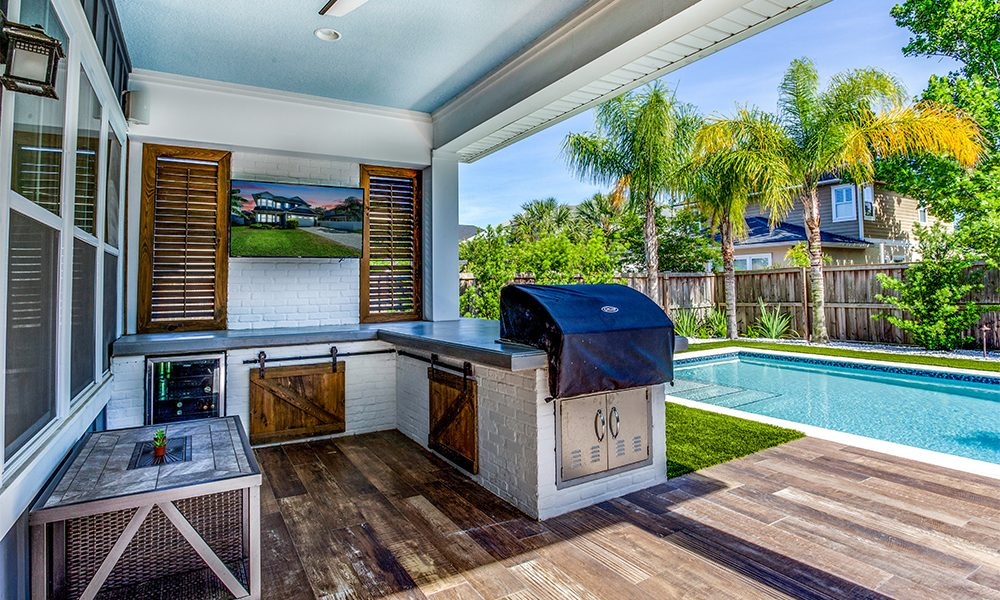 how much space for an outdoor kitchen